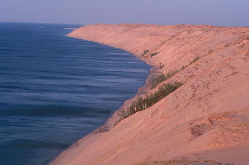 Largest dunes on Lake Superior